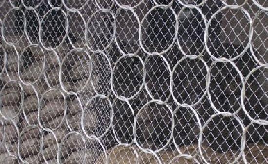 一般矿用勾花网有几种类型